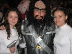 Klingon (me) with two Princess Leias